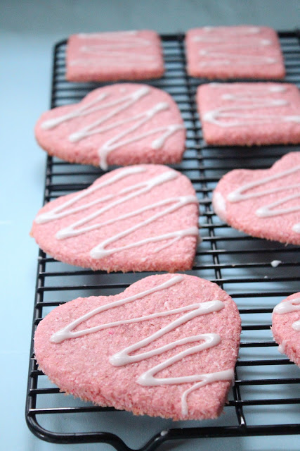 Coconut valentines cookies from eatgood4life.com