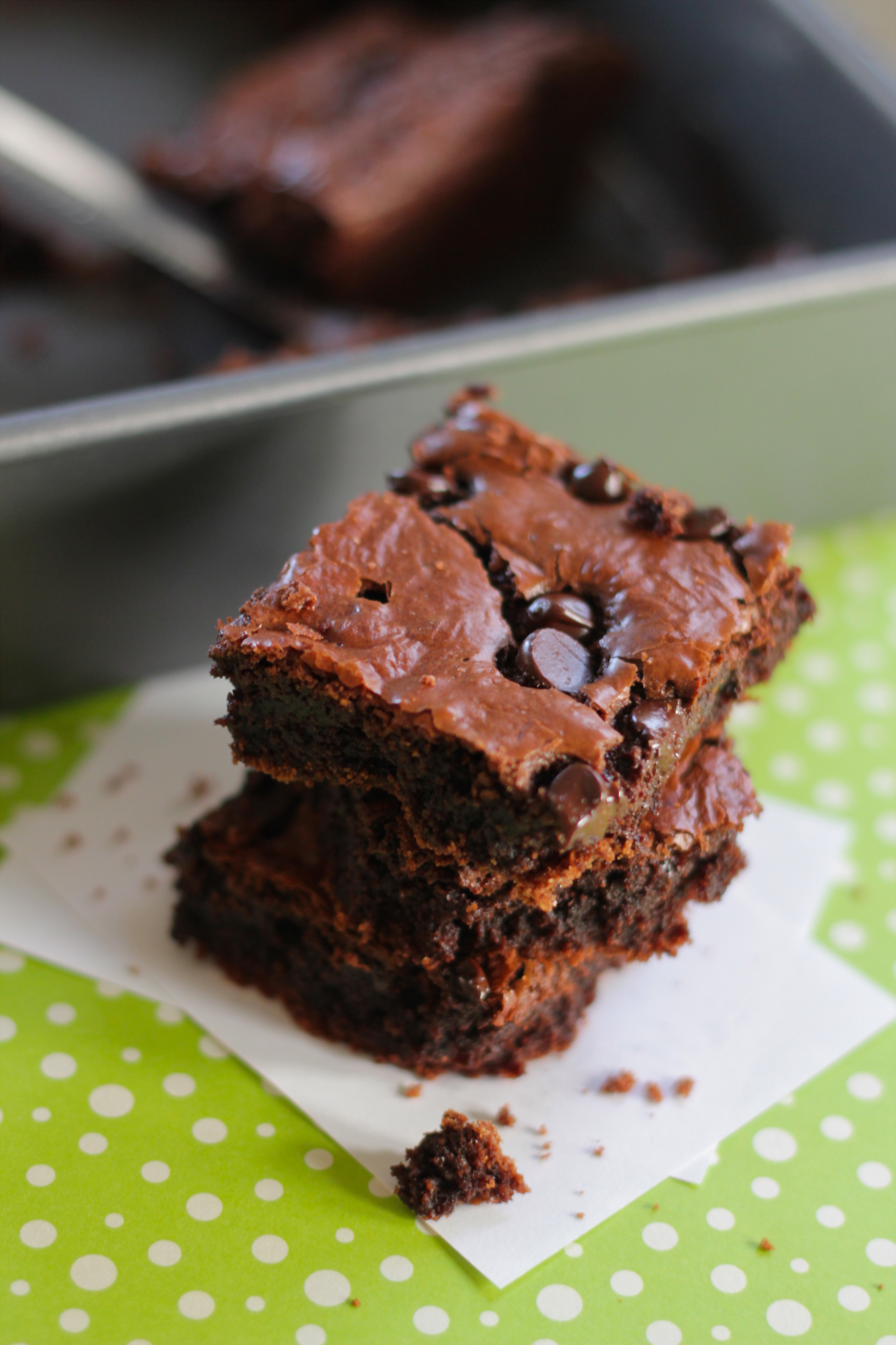 Super Fudgy Healthy Brownies - The Loopy Whisk