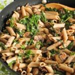Creamy mushroom and spinach pasta: Eatgood4life.com