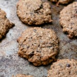 Oatmeal and chocolate cookies:Eatgood4life.com