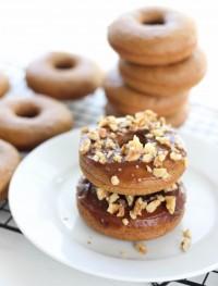 Spiced baked pumpkin donuts: Eatgood4life.com