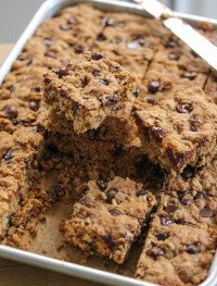 Dark chocolate and oatmeal cookie barsjpg1: Eatgood4life.com