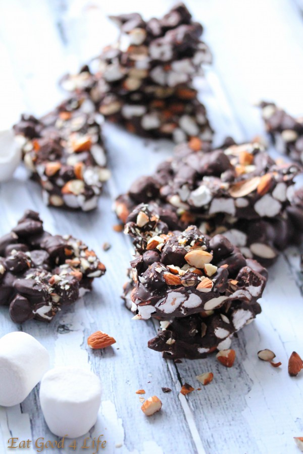 Dark chocolate, marshmallow and almond bark