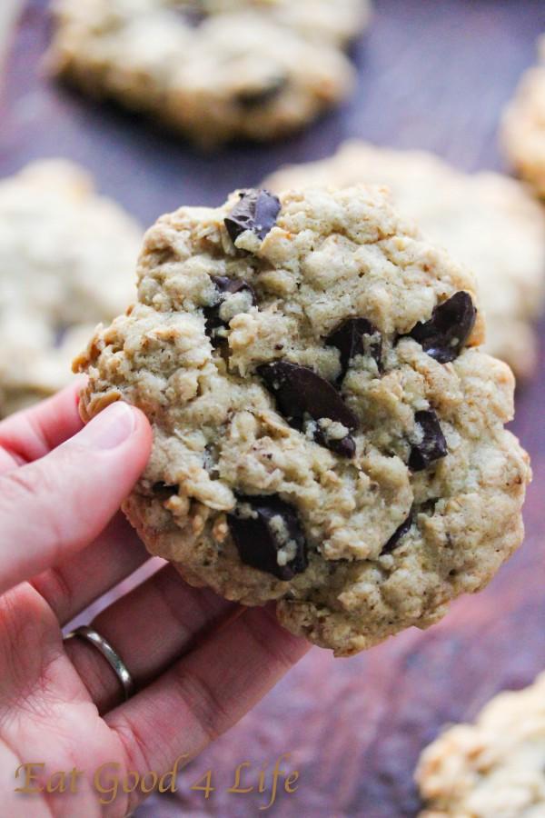 gluten free oatmeal chocolate chunk cookies\