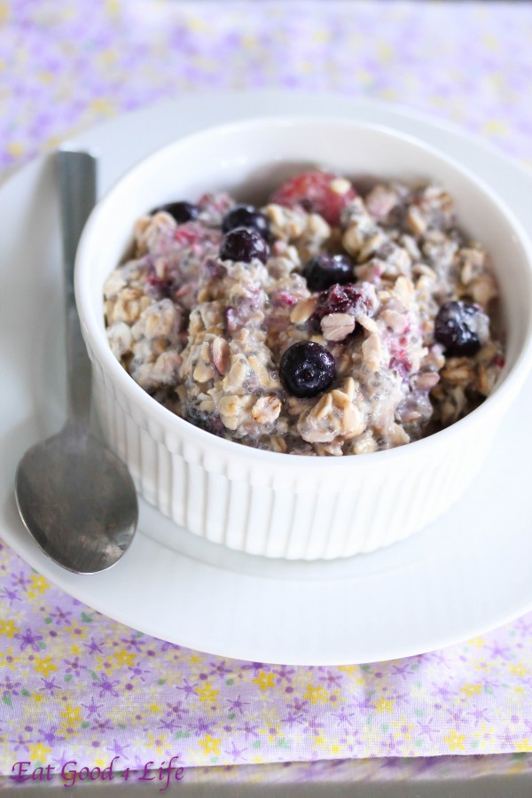 overnight mixed berry oatmeal