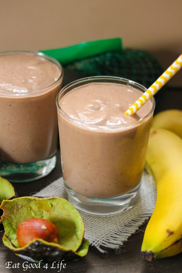 Avocado and chocolate smoothie
