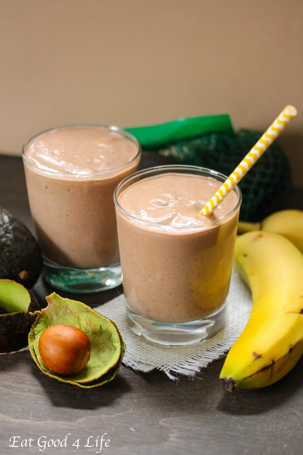 Avocado and chocolate smoothie from eatgood4life.com
