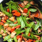 Black bean chicken with snow peas and carrots from eatgood4life.com