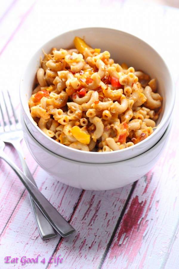 Mixed pepper mac and cheese