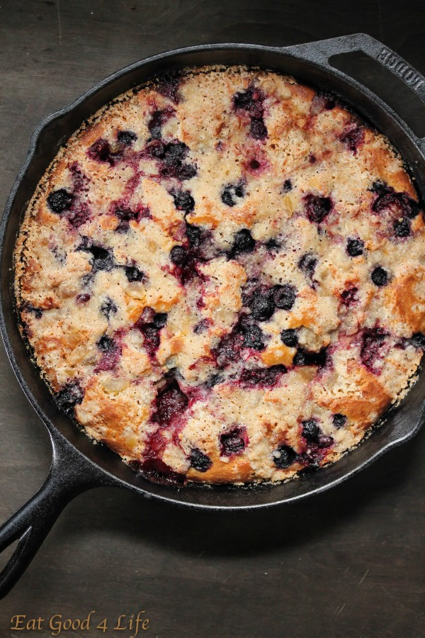 Mixed berry and ginger cast iron crumb cake