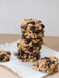 Vegan and gluten free banana chocolate chip cookies from eatgood4life.com