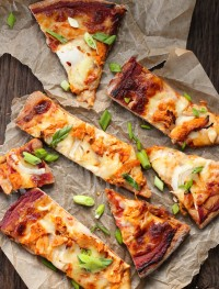 Chicken chipotle pizza