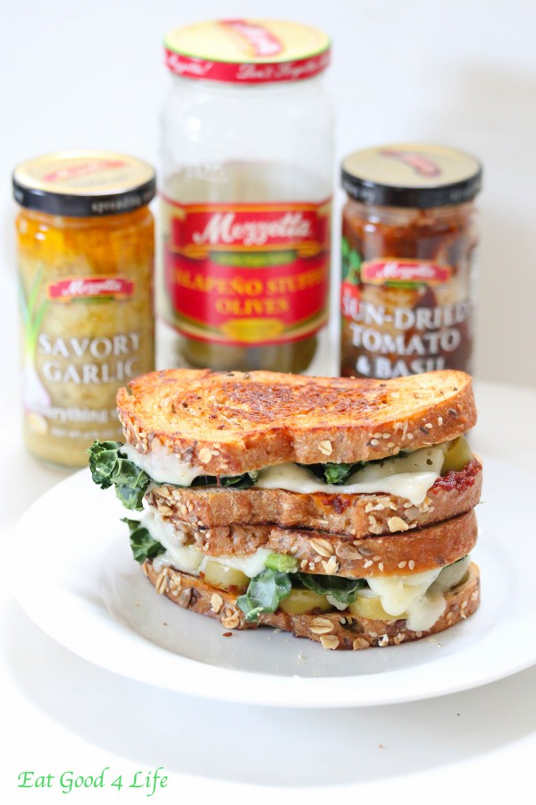 kale and sun dried tomato sandwich
