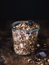 Chocolate coconut granola | Eat Good 4 Life