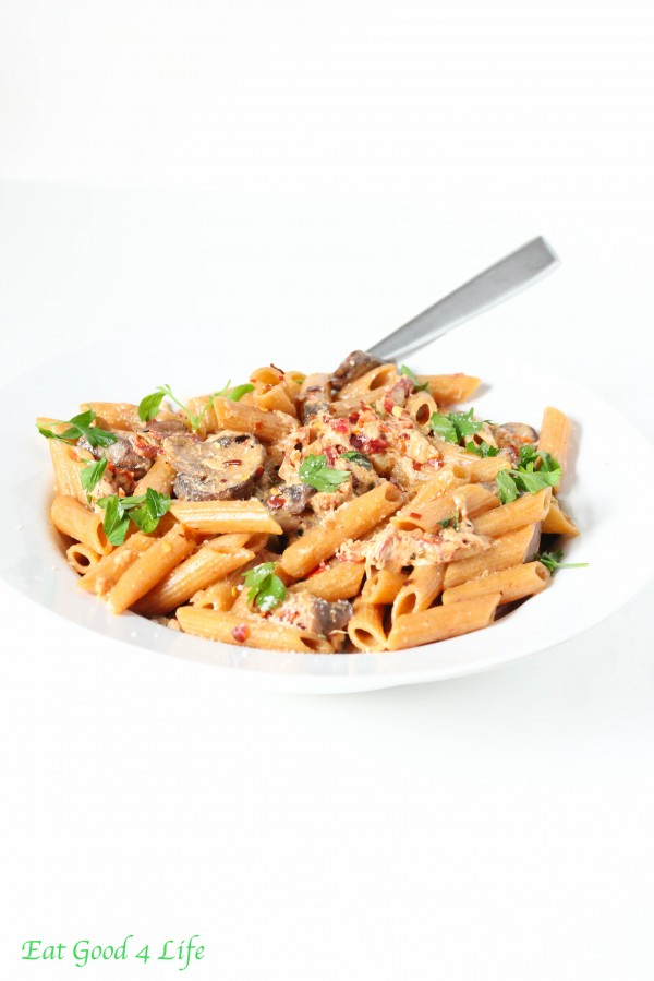 creamy sun dried tomato whole wheat pasta