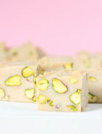 Baileys pistachio fudge