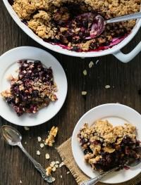 Gluten free blueberry crisp | Eat Good 4 Life