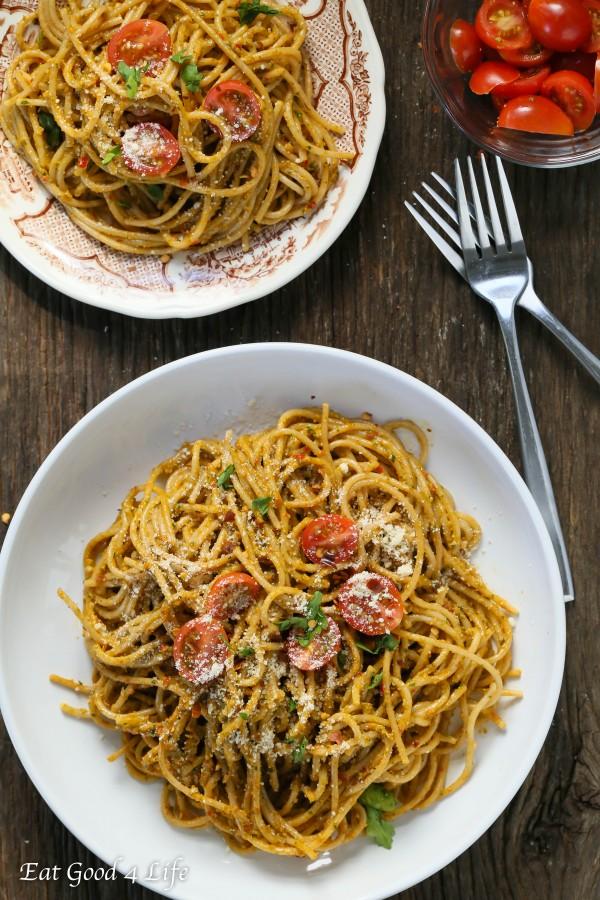spaghetti with kale and walnut pesto   Eat Good 4 Life