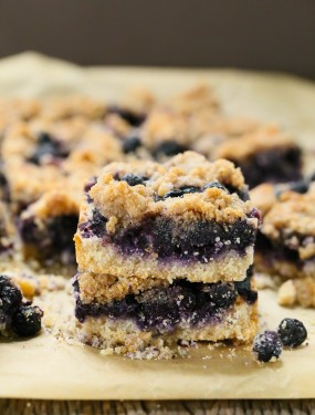 Blueberry Crumb Bars - Gluten free and vegan | Eat Good 4 Life