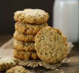 almond-oatmeal-cookies