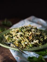 gluten free spinach pesto pasta | Eat Good 4 Life