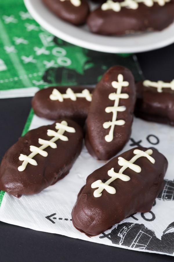 Healthy cookie dough footballs | Eat Good 4 Life