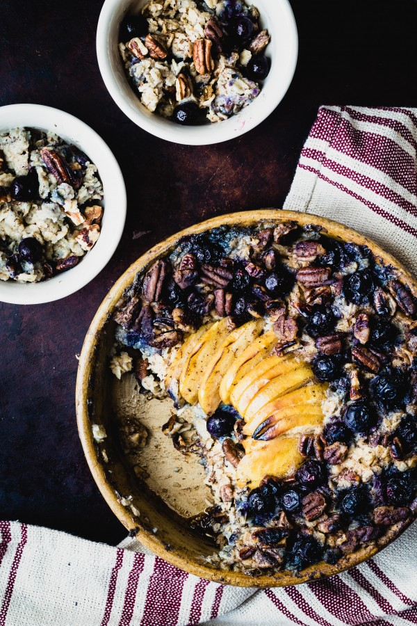 Vegan blueberry apple baked oatmeal