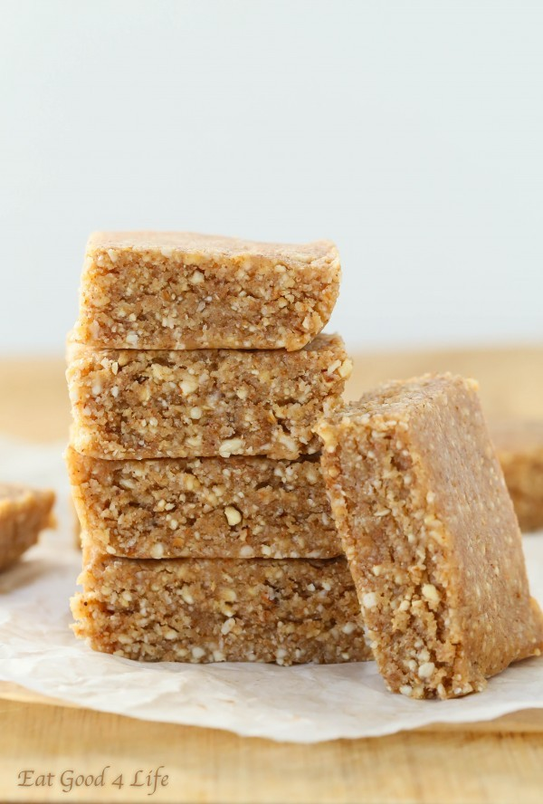 5 ingredient almond coconut bars | Eat Good 4 Life