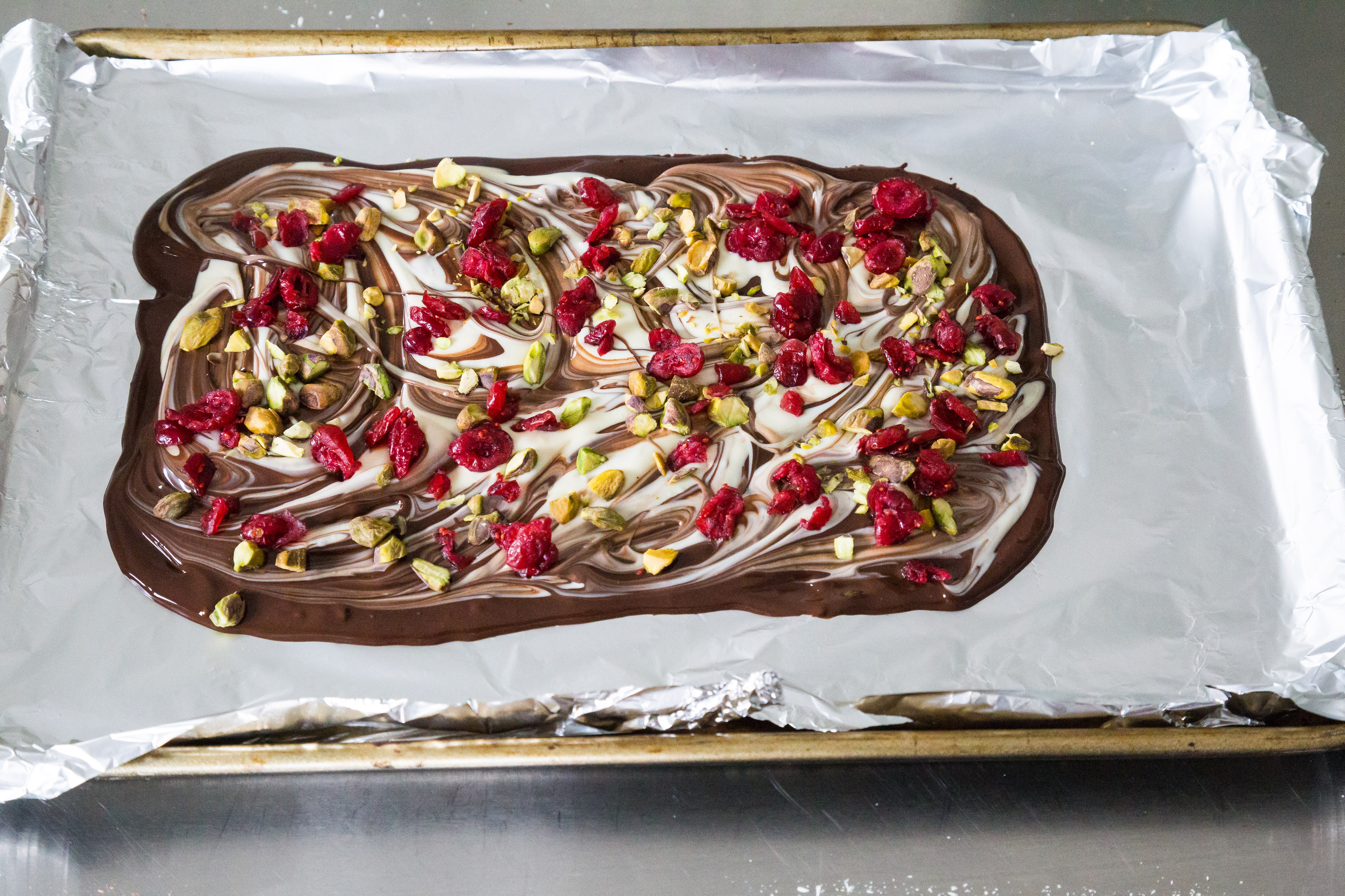 Cranberry pistachio chocolate bark | Eat Good 4 Life