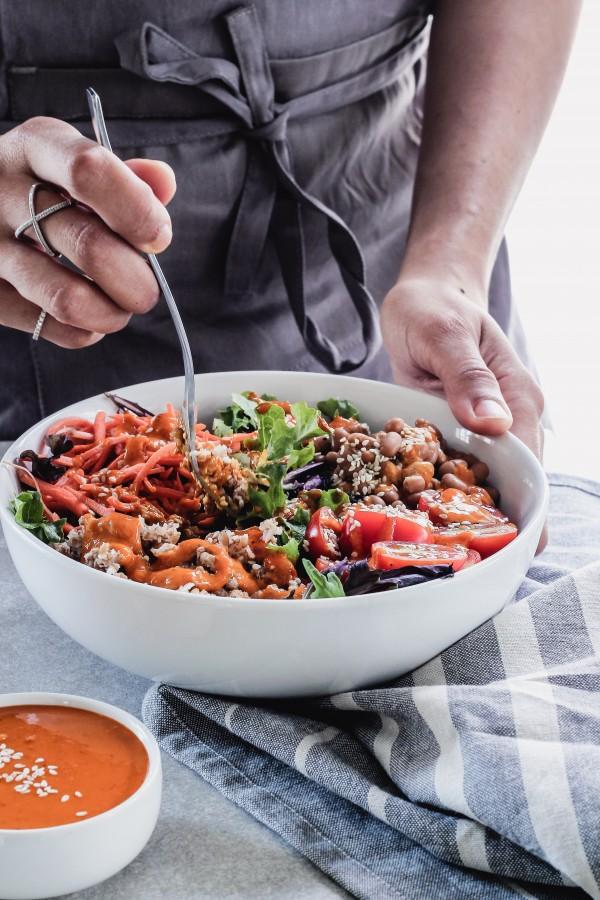 Bulgur bean salad with goji tahiini dressing | Eat Good 4 Life