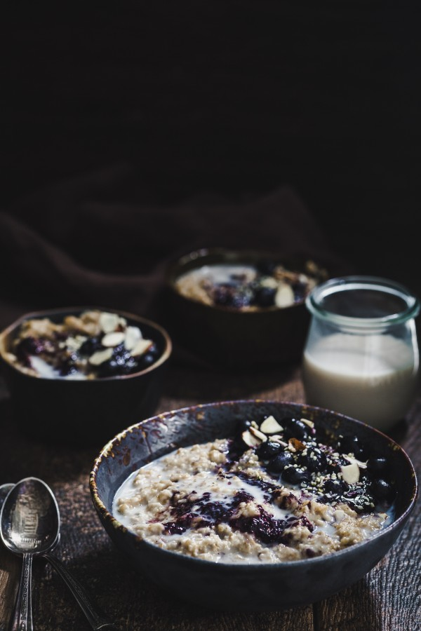 Blueberry almond oatmeal | Eat Good 4 Life