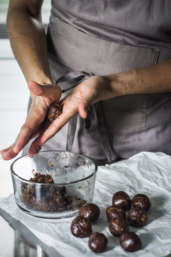 Chocolate protein bites | Eat Good 4 Life