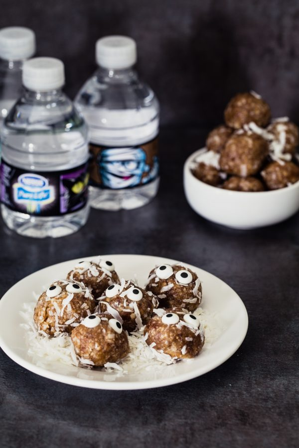 Halloween coconut date bites | Eat Good 4 Life