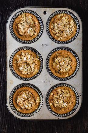 jumbo-pumpkin-muffins-baked