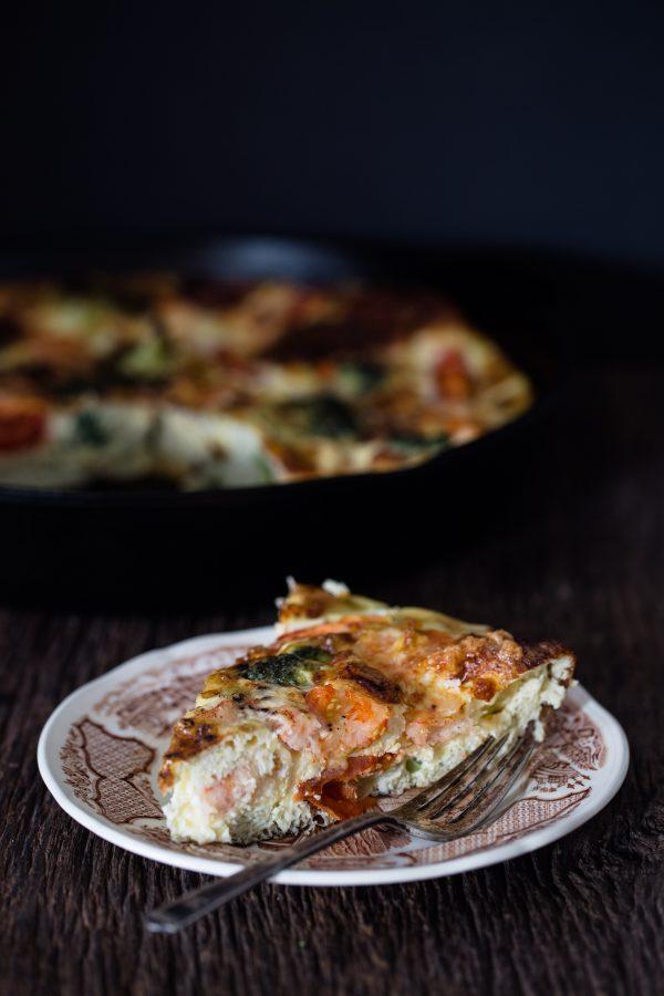 shrimp-broccoli-breakfast-frittata