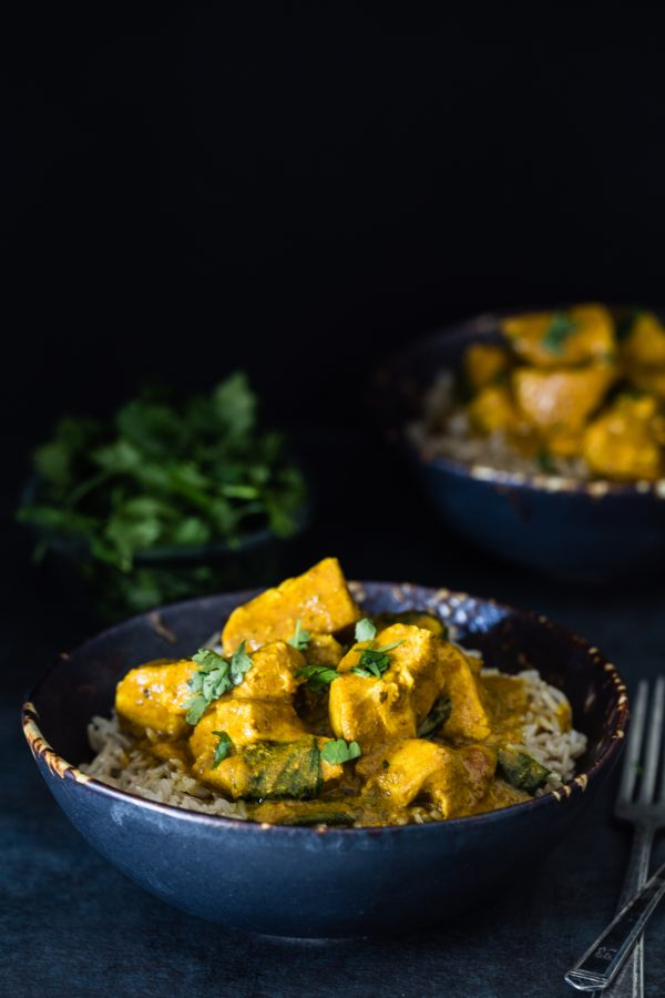 Slow cooker turmeric chicken with spinach | Eat Good 4 Life
