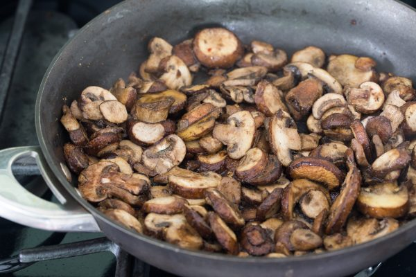 Caramelize mushroom arugula pizza   Eat Good 4 Life
