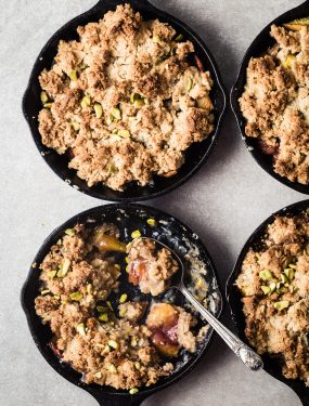 Maple bourbon peach crumble - Gluten free and vegan | Eat Good 4 Life