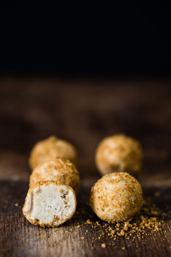 Gingerbread white chocolate truffles | Eat Good 4 Life