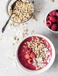 Raspberry smoothie bowl | Eat Good 4 Life